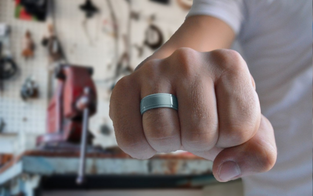 7 Convincing Benefits of Silicone Wedding Rings
